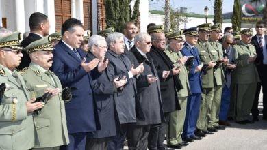 صورة دبلوماسية الجنائز و منع اللواء علي غديري من دخول جنازة اللواء قنايزية فهل يسمح له بدخول القصر الرئاسي ؟؟؟