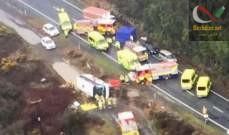 صورة مقتل خمسة أشخاص بعد انقلاب حافلة تقل سائحين صينيين في نيوزيلندا