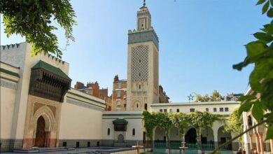 صورة مسجد باريس بات مرتعا للعملاء والجواسيس المغاربة في ضل غياب المصالح الجزائرية التي تصرف عنه الملايين …