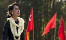 صورة توجيه تهمة جنائية جديدة للزعيمة البورمية أونغ سان سو تشي