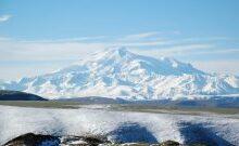 صورة مقتل 3 أشخاص وانقاذ 14 آخرين من متسلقي الجبال في شمال القوقاز