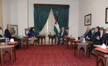 صورة وزيرة خارجية السويد أكدت للرئيس الفلسطيني دعم بلادها لتحقيق السلام والاستقرار وفق رؤية حل الدولتين
